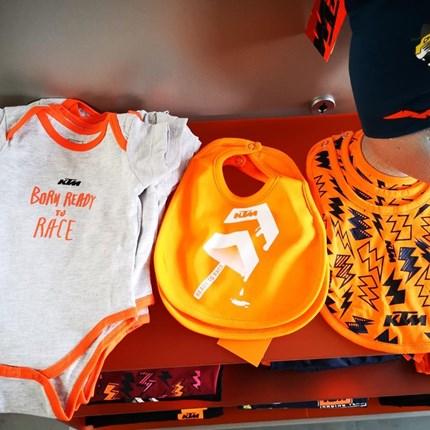 KTM Kids Wear  *Click & collect*  Wir versenden auch! Ruft uns an oder schreibt eine Mail !