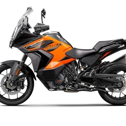 Präsentation KTM 1290 Super Adventure S 2021  Bereits in den vergangenen 8 Jahren konnte KTM das Segment der ADVENTURE-Motorräder mit seinen Modellen mit über 1000 cm3 Hubrau... Weiter >>