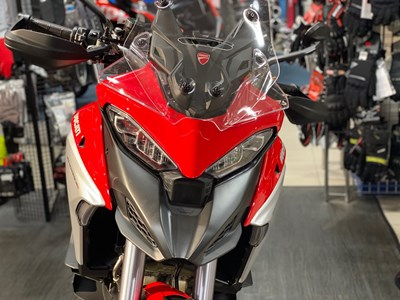 Multistrada V4 S Travel & Radar