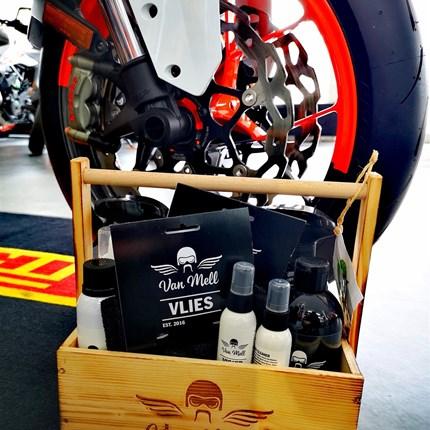 Was schenkst du deinem Motorrad zum Valentinstag?   Hast du schon ein Valentinstagsgeschenk für dein Motorrad?