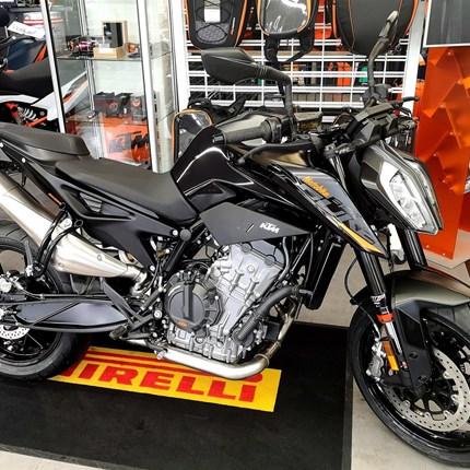 KTM 890 Duke !! Modell 2021 !! Ist bei uns eingetroffen !!  KTM 890 Duke !! Modell 2021 !! Ist bei uns eingetroffen !!