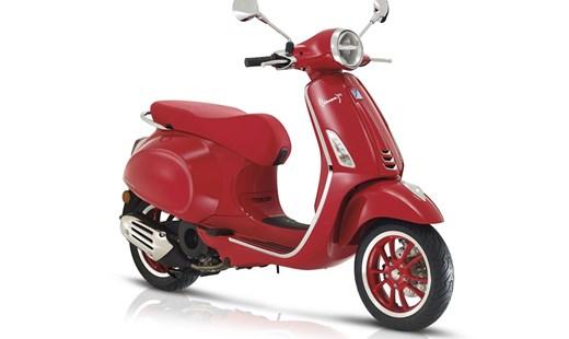 """Vespa Primavera """"RED"""" eingetroffen"""