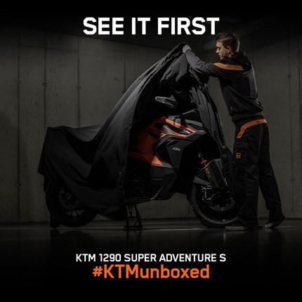 Unboxing Days der KTM 1290 Super Adventure S/R 2021 bei KTM Walzer UNBOX YOUR NEXT ADVENTURE SEI BEI DEN ERSTEN, DIE DIE NEUE KTM 1290 SUPER ADVENTURE LIVE SEHEN. Keine Messen? Immer noch Lockdow... Weiter >>
