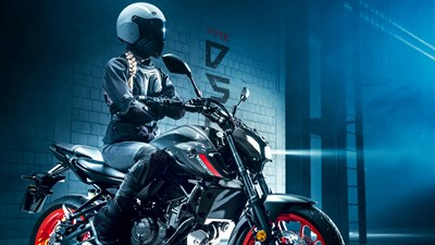 DARK ATTRACTION - YAMAHA MT-07