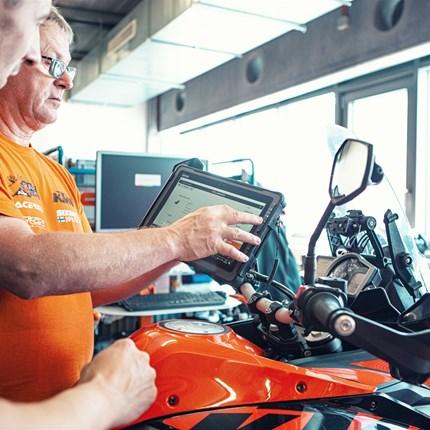 Zweiradmechatroniker (M/W/D) Beschreibung ZWEIRADMECHATRONIKER (M/W/D) IN VOLLZEIT (UNBEFRISTET) BEI MOTORRAD REINHARDTCoburg  Motorrad Reinhardt GmbH such... Weiter >>