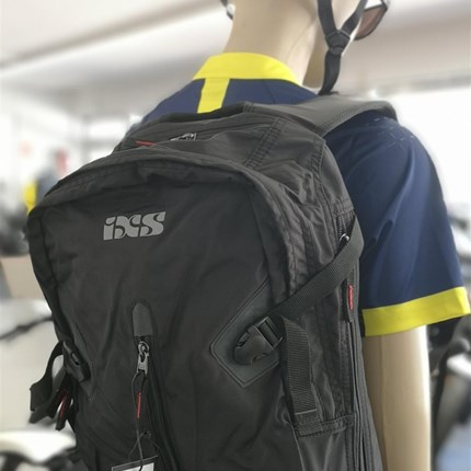IXS Rucksack zum Motorrad fahren & fürs Fahrrad fahren !!  IXS Rucksack zum Motorrad fahren & fürs Fahrrad fahren !!