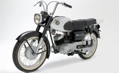 ¿Cuál fue la primera Kawasaki del mercado?