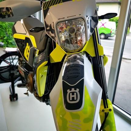 701 Supermoto Umbau !   701 Supermoto Umbau ! Mache auch dein Bike zu einem Hingucker!