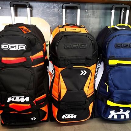Bereit für die nächste Reise?  Bereit für die nächste Reise? Bei uns gibt's das passende Gepäck für deinen nächsten Urlaub.