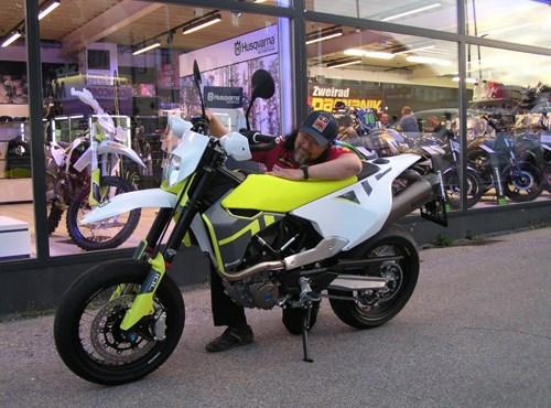 Motorradfahren wäscht die Seele vom Staub des Alltags rein.
