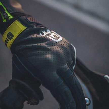 Husqvarna HORIZON GLOVES HORIZON GLOVES     - Motorradhandschuh der Spitzenklasse     - Protektor am Handballen     - Protektoren an Fingern und ... Weiter >>