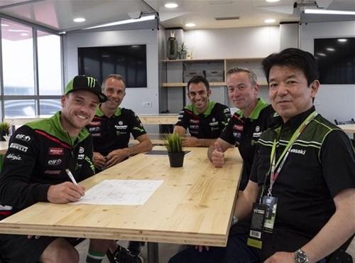 Lowes vuelve a firmar con el Kawasaki Racing Team