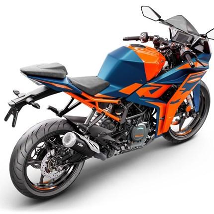 KTM präsentiert die neuen RC125 und RC390 Modelle  Die RC-Modelle von KTM halten seit Jahren die Supersport-Flagge im KTM-Modellaufgebot hoch und erfreuen sich bei ... Weiter >>