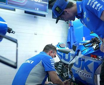 Welches Werkzeug verwenden die Techniker des Suzuki ECSTAR Teams bei der Wartung und Reparatur der GSX-RR-Maschinen eigentlich ... Weiter >>