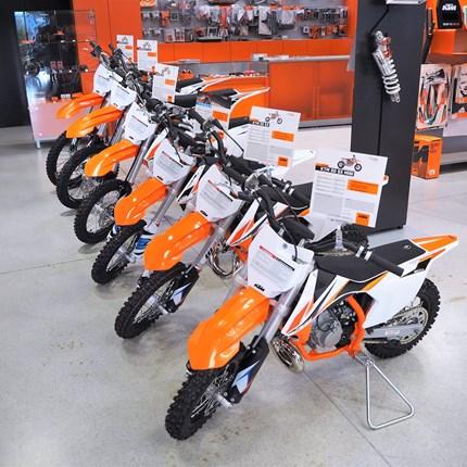 Die komplette KTM Kinder und Jugend MX- Modellpalette jetzt bei KTM Walzer!  Die komplette KTM Kinder und Jugend MX- Modellpalette jetzt bei KTM ... Weiter >>