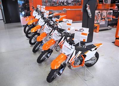 NEWS Die komplette KTM Kinder und Jugend MX- Modellpalette jetzt bei KTM Walzer!