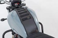 SW-MOTECH Legend Gear Tankriemen-Set. Triumph-Modelle (15-). Mit Zusatztasche LA1.