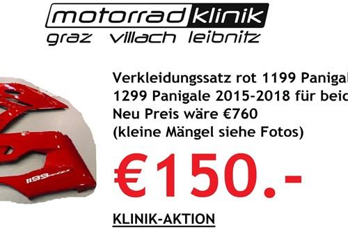 Verkleidungssatz rot 1199 Panigale 2012-2015 1299 Panigale 2015-2018 für beides €150 Neu Preis wäre €760 (kleine Mängel siehe Fotos).