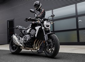 Verleihmotorrad Naked Bike GSX-S1000 vom Händler Motorrad