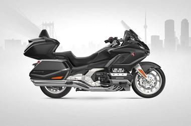 /rental-motorcycle-honda-gl-1800-goldwing-tour-dct-20154