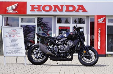 /leihmotorrad-honda-cb1000r-black-edition-20327