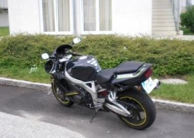 Gebrauchtmotorrad Honda CBR 900 RR Fireblade