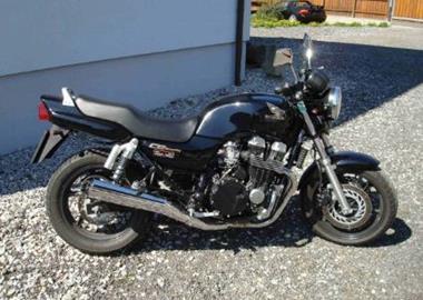 Gebrauchtmotorrad Honda CB 750