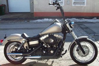 Harley-Davidson Dyna Street Bob FXDB