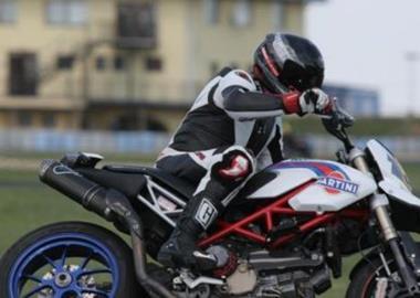 Gebrauchtmotorrad Ducati Hypermotard 1100 S