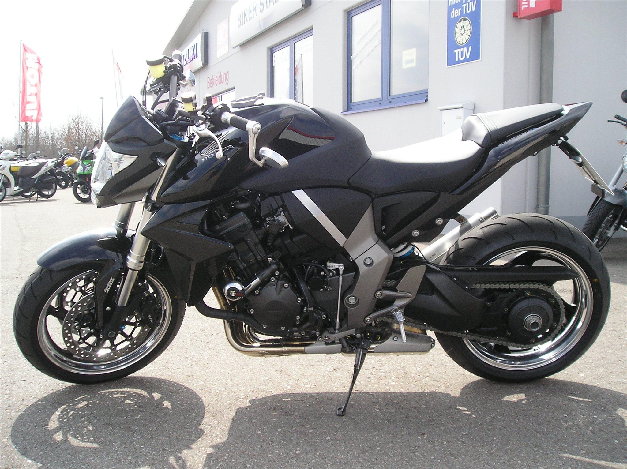 Umgebautes Motorrad Honda CB 1000 R von Motorradcenter