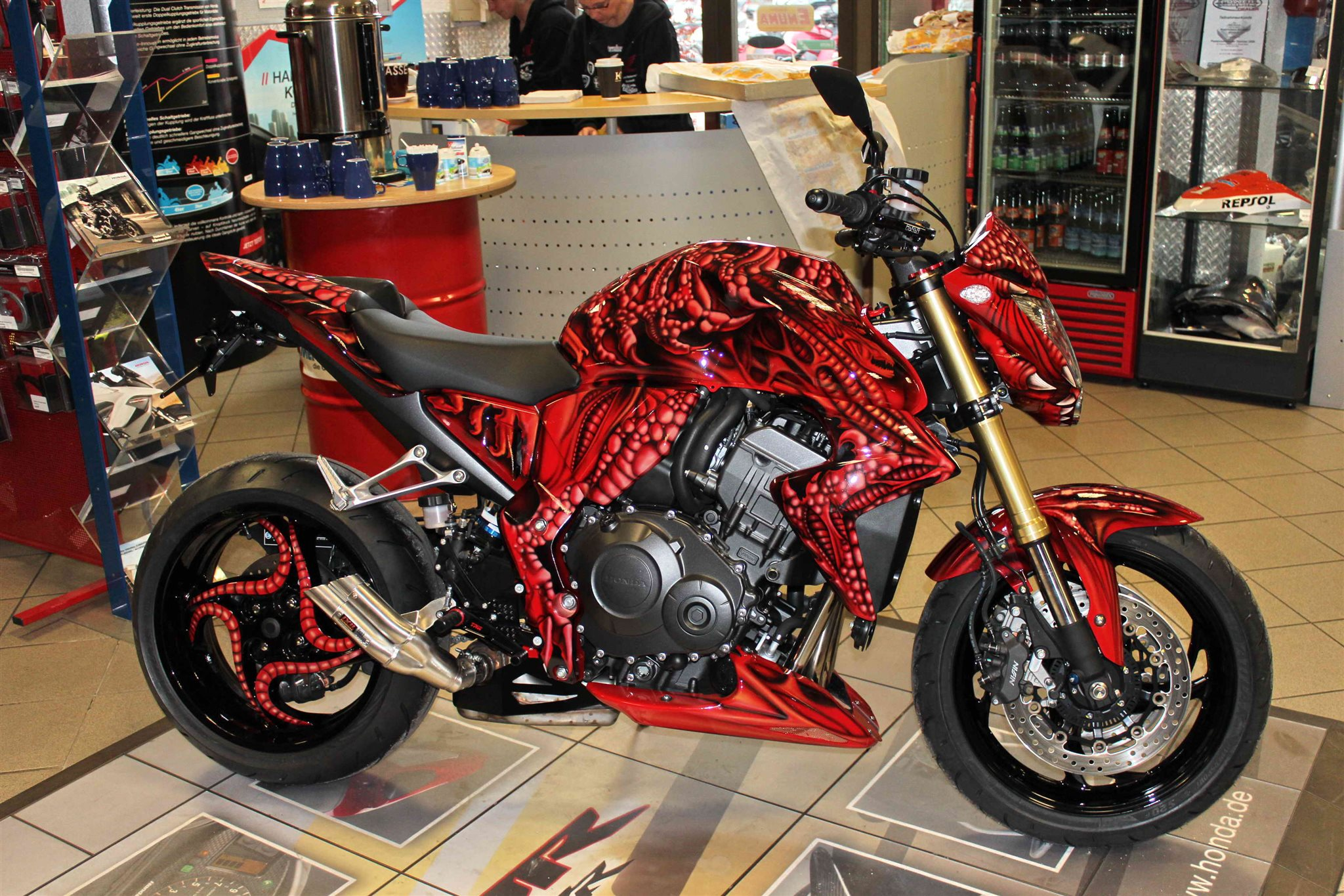 Umgebautes Motorrad Honda CB 1000 R von elec85 - 1000PS.at