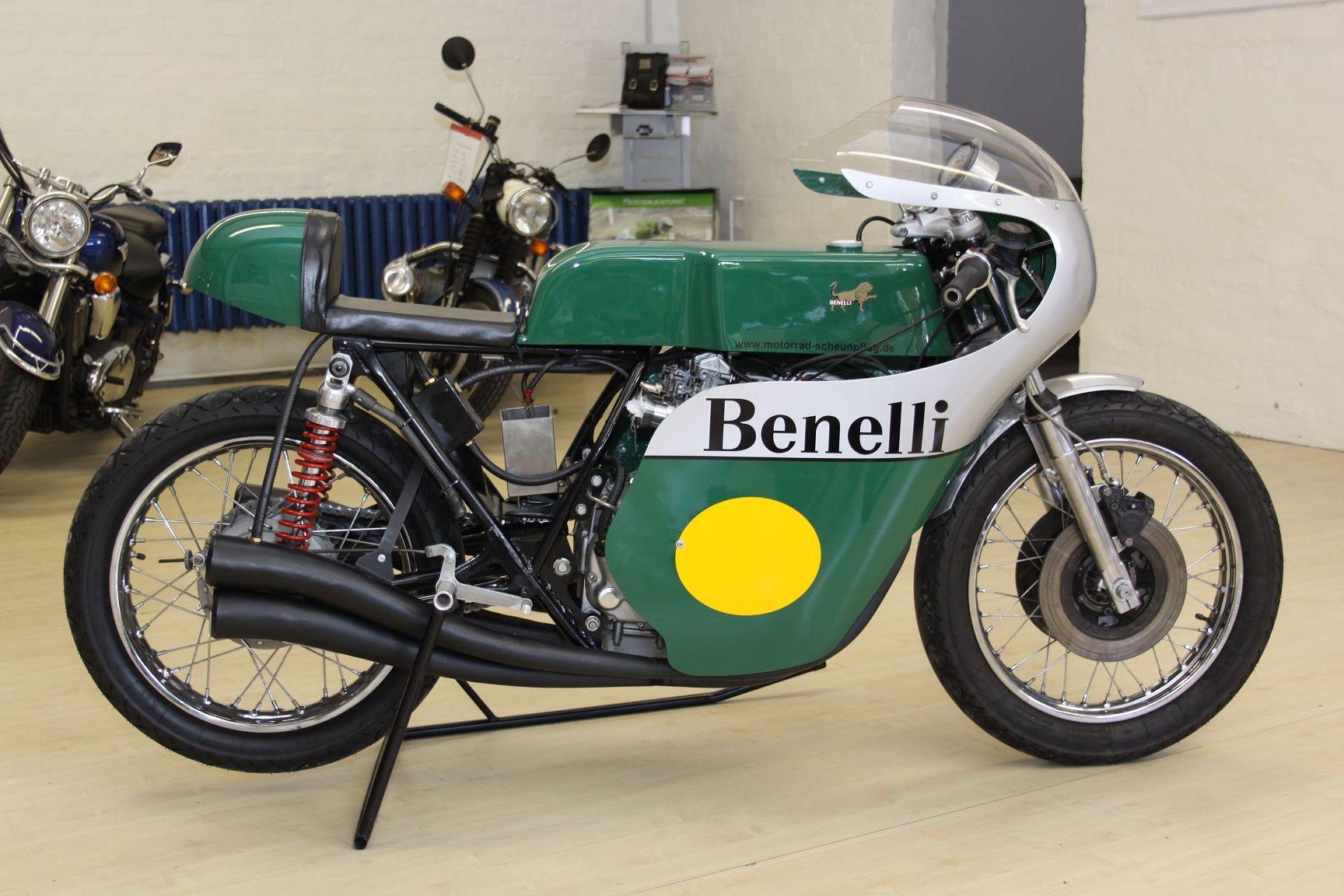 1975 Benelli Quattro | Bike-urious