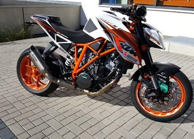 KTM 1290 Super Duke R Stark umgebaut