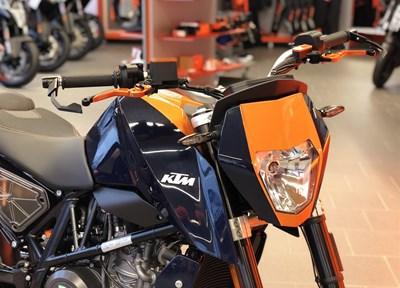 KTM 690 Duke Serienmotorrad