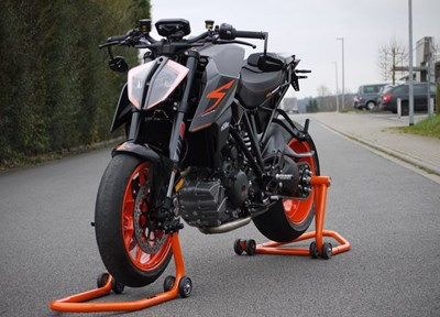 KTM 1290 Super Duke R Ein wenig umgebaut