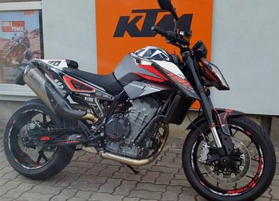 KTM 790 Duke Ein wenig umgebaut